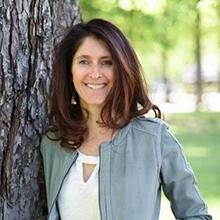 Anne Ghesquière, Auteure